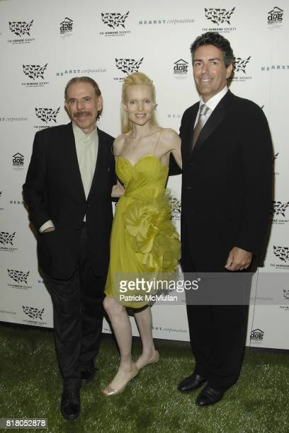 Peter Max Mary Max and Wayne Pacelle attend Humane Society of the United States' MAKE HISTORY GALA at Pierre Hotel on September 22 2010 in New York...
