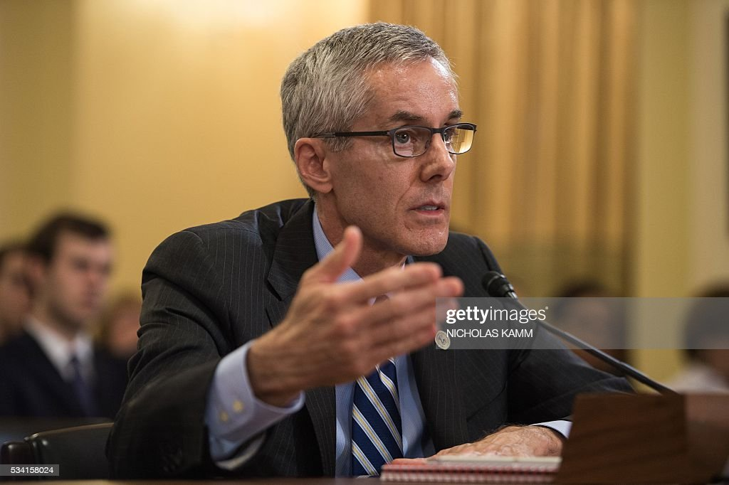 Peter Neffenger, administrator of the Transportation Security Administration (TSA), testifies before the House Homeland Security Committee on 'Long Lines, Short Patience: The TSA Airport Screening Experience' on Capitol Hill in Washington, DC, on May 25, 2016. / AFP / Nicholas Kamm
