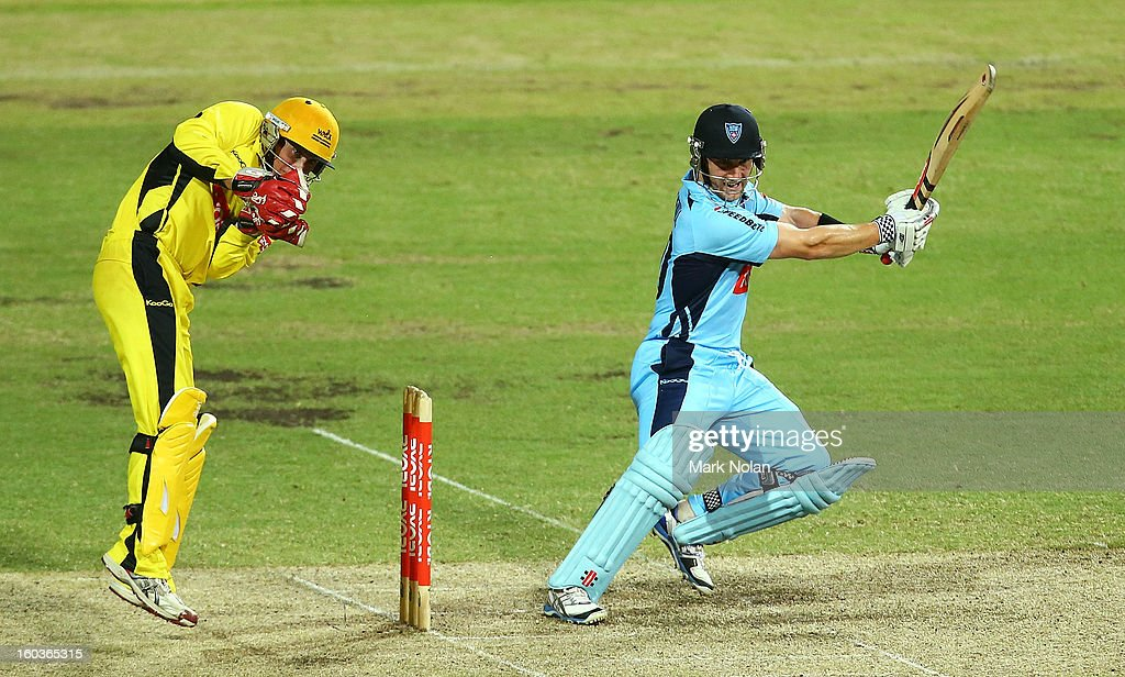 Peter Nevill of the Blues bats during the Ryobi One Day Cup match between the New South Wales Blues and the Western Australia Warriors at Sydney Cricket Ground on January 30, 2013 in Sydney, Australia.