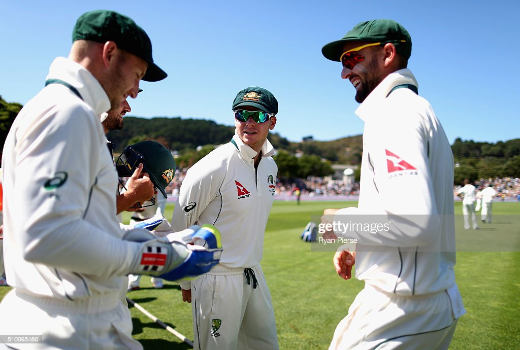 <a gi-track='captionPersonalityLinkClicked' href=/galleries/search?phrase=Peter+Nevill&family=editorial&specificpeople=6755208 ng-click='$event.stopPropagation()'>Peter Nevill</a>, Steve Smith and <a gi-track='captionPersonalityLinkClicked' href=/galleries/search?phrase=Nathan+Lyon+-+Cricketer&family=editorial&specificpeople=11072184 ng-click='$event.stopPropagation()'>Nathan Lyon</a> of Australia prepare to take to the field during day three of the Test match between New Zealand and Australia at Basin Reserve on February 14, 2016 in Wellington, New Zealand.