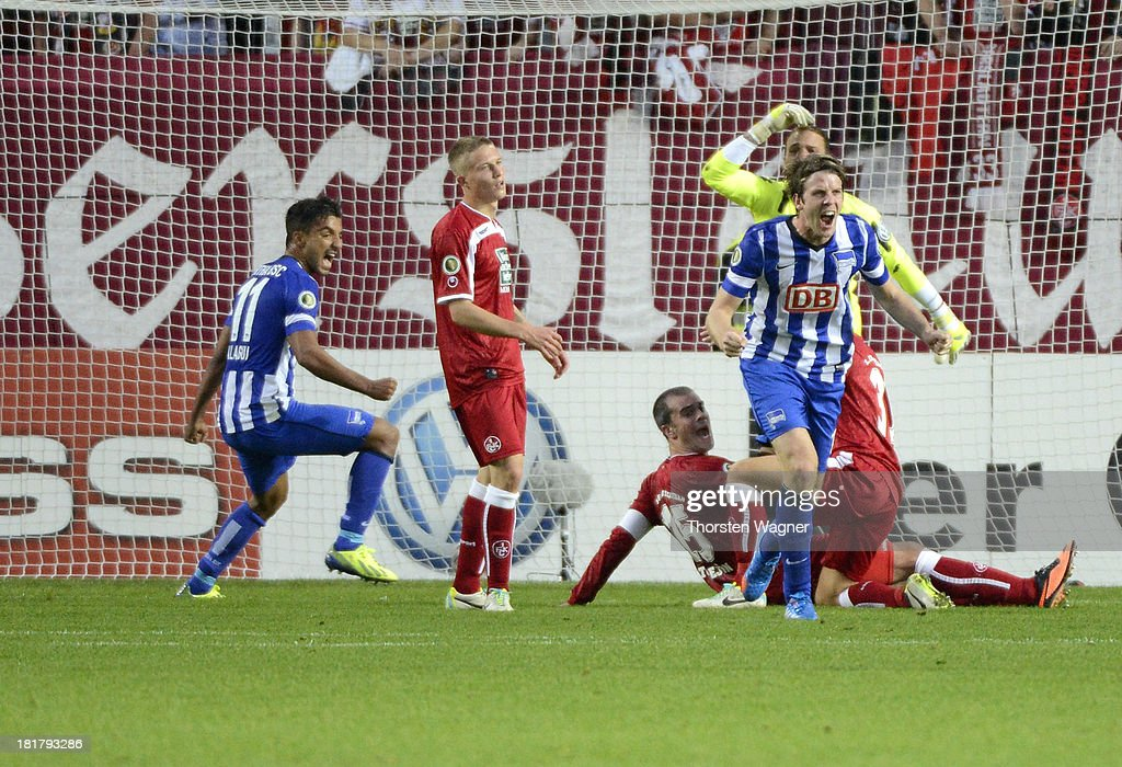 Peter Niemeyer of Berlin celebrates after scoring his teams opening goal during the DFB Cup 2nd round match between 1FC Kaiserslautern and Hertha BSC...