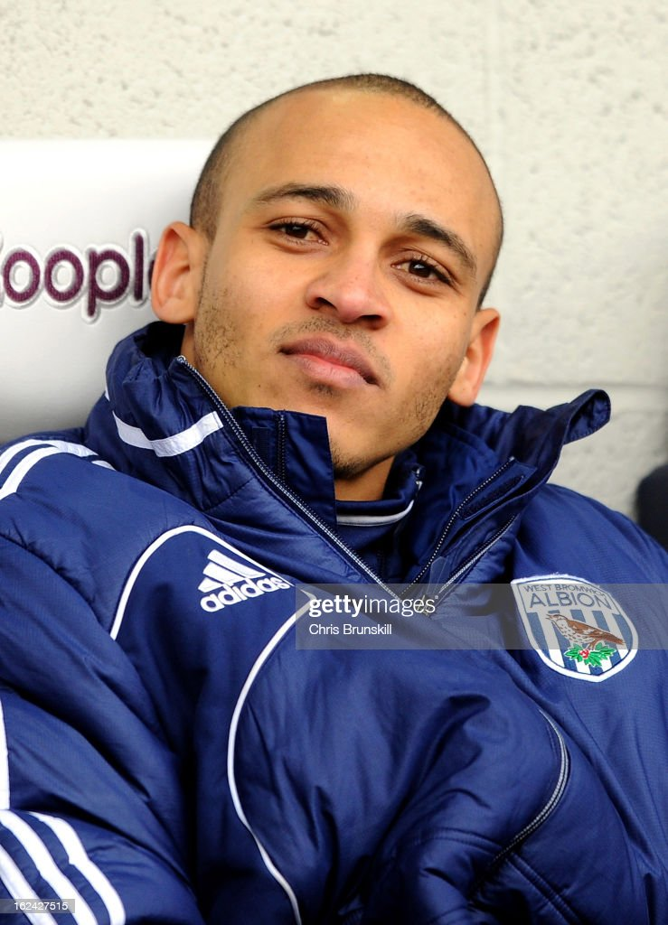 <a gi-track='captionPersonalityLinkClicked' href=/galleries/search?phrase=Peter+Odemwingie&family=editorial&specificpeople=648594 ng-click='$event.stopPropagation()'>Peter Odemwingie</a> of West Bromwich Albion looks on from the bench during the Barclays Premier League match between West Bromwich Albion and Sunderland at The Hawthorns on February 23, 2013 in West Bromwich, England.