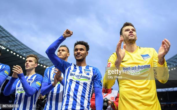 Peter Pekarik Davie Selke Valentino Lazaro and Rune Almenning Jarstein of Hertha BSC after the game between Hertha BSC and Hamburger SV on October 28...