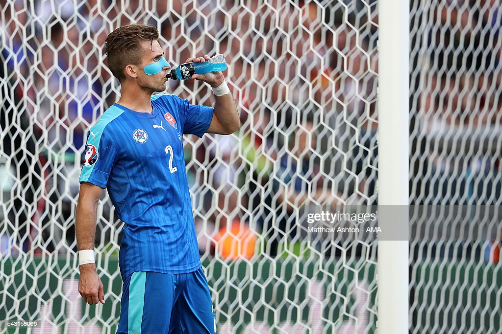 Peter Pekarik of Slovakia has a drink during the UEFA Euro 2016 Round of 16 match between Germany and Slovakia at Stade Pierre-Mauroy on June 26, 2016 in Lille, France.