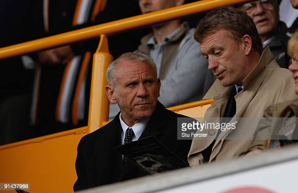 Peter Reid and David Moyes look on during the Barclays Premier League game between Wolverhampton Wanderers and Portsmouth at Molineaux on October 3...