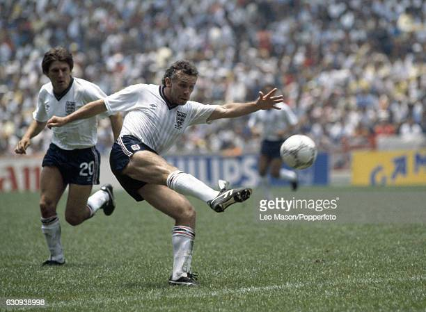 Peter Reid of England in action during the FIFA World Cup Group match against Paraguay at the Azteca Stadium in Mexico City on 18th June 1986 England...