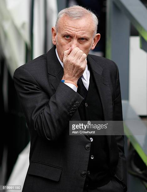 Peter Reid part of the Bolton coaching staff during the Sky Bet Championship match between Derby County and Bolton Wanderers at the iPro Stadium on...