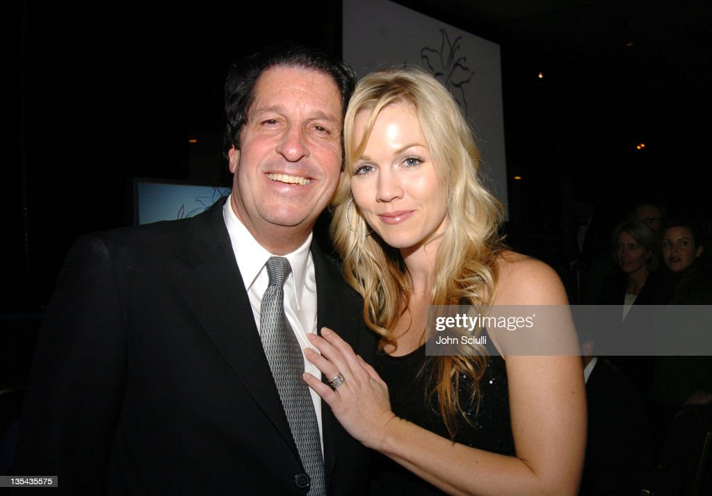Peter Roth and Jennie Garth during The Lili Claire Foundation's 7th Annual Benefit Gala Hosted by Matthew Perry - Show and Audience at Century Plaza Hotel in Los Angeles, California, United States.