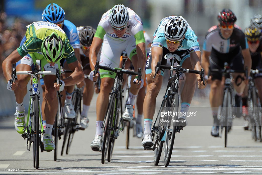 <a gi-track='captionPersonalityLinkClicked' href=/galleries/search?phrase=Peter+Sagan&family=editorial&specificpeople=4846179 ng-click='$event.stopPropagation()'>Peter Sagan</a> (L) of Slovakia riding for Liquigas-Cannondale sprint to the line ahead of <a gi-track='captionPersonalityLinkClicked' href=/galleries/search?phrase=Tom+Boonen&family=editorial&specificpeople=221255 ng-click='$event.stopPropagation()'>Tom Boonen</a> (R) of Belgium riding for Omega Pharma-QuickStep in second place for his fifth stage victory as he defends the overall points leader green jersey with a victory in stage eight of the Amgen Tour of California from Beverly Hills to Los Angeles on May 20, 2012 in Los Angeles, California.
