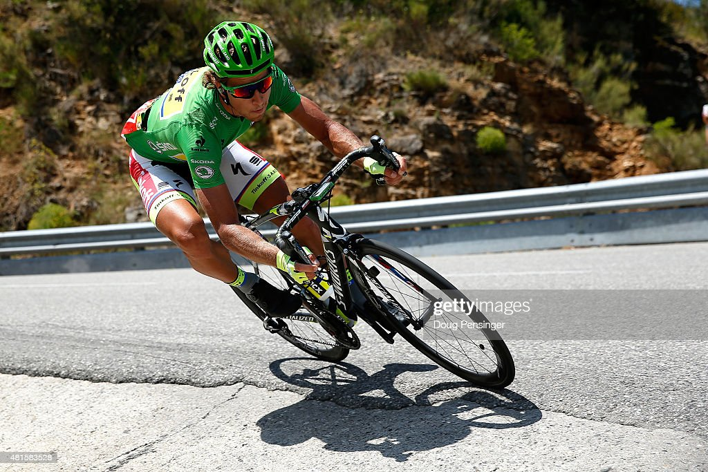 <a gi-track='captionPersonalityLinkClicked' href=/galleries/search?phrase=Peter+Sagan&family=editorial&specificpeople=4846179 ng-click='$event.stopPropagation()'>Peter Sagan</a> of Slovakia riding for Tinkoff-Saxo descends the Col des Leques as he rides in the breakaway and defends the green points leader jersey in stage 17 of the 2015 Tour de France from Digne-Les-Bains to Pra Loup on July 22, 2015 in Castellane, France.
