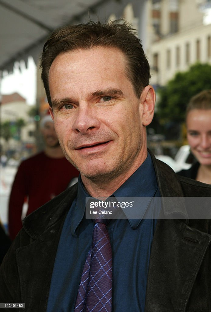 <a gi-track='captionPersonalityLinkClicked' href=/galleries/search?phrase=Peter+Scolari&family=editorial&specificpeople=957072 ng-click='$event.stopPropagation()'>Peter Scolari</a> during 'The Polar Express' Los Angeles Premiere - White Carpet at Grauman's Chinese Theatre in Hollywood, California, United States.