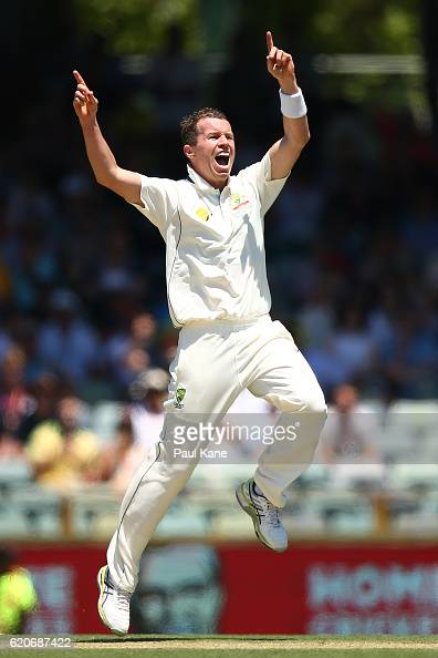 Peter Siddle of Australia appeals for the wicket of JeanPaul Duminy of South Africa during day one of the First Test match between Australia and...