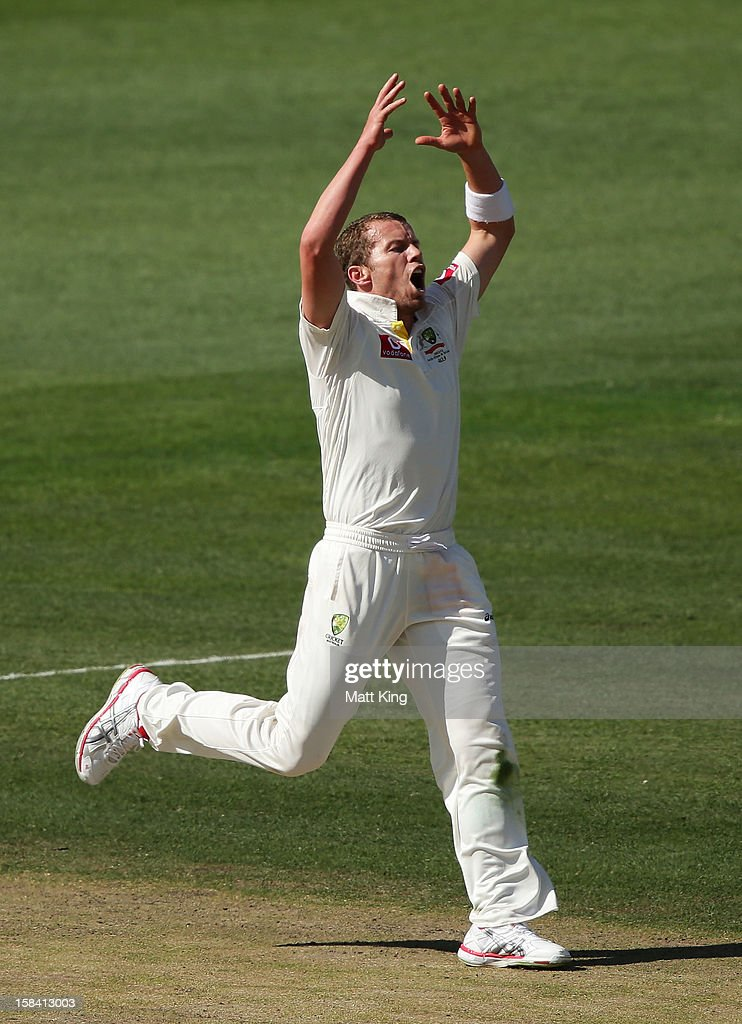 Peter Siddle of Australia appeals for the wicket of Prasanna Jayawardene of Sri Lanka during day three of the First Test match between Australia and Sri Lanka at Blundstone Arena on December 16, 2012 in Hobart, Australia.