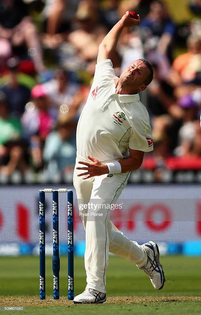 <a gi-track='captionPersonalityLinkClicked' href=/galleries/search?phrase=Peter+Siddle&family=editorial&specificpeople=2104718 ng-click='$event.stopPropagation()'>Peter Siddle</a> of Australia bowls during day one of the Test match between New Zealand and Australia at Basin Reserve on February 12, 2016 in Wellington, New Zealand.
