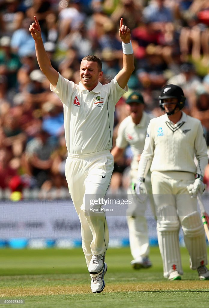 <a gi-track='captionPersonalityLinkClicked' href=/galleries/search?phrase=Peter+Siddle&family=editorial&specificpeople=2104718 ng-click='$event.stopPropagation()'>Peter Siddle</a> of Australia celebrates after taking the wicket of Kane Williamson of New Zealand during day one of the Test match between New Zealand and Australia at Basin Reserve on February 12, 2016 in Wellington, New Zealand.