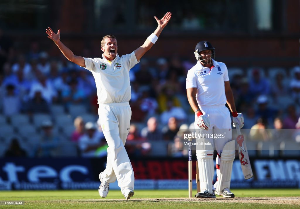 <a gi-track='captionPersonalityLinkClicked' href=/galleries/search?phrase=Peter+Siddle&family=editorial&specificpeople=2104718 ng-click='$event.stopPropagation()'>Peter Siddle</a> of Australia celebrates the wicket of <a gi-track='captionPersonalityLinkClicked' href=/galleries/search?phrase=Tim+Bresnan&family=editorial&specificpeople=571509 ng-click='$event.stopPropagation()'>Tim Bresnan</a> of England during day two of the 3rd Investec Ashes Test match between England and Australia at Emirates Old Trafford Cricket Ground on August 2, 2013 in Manchester, England.