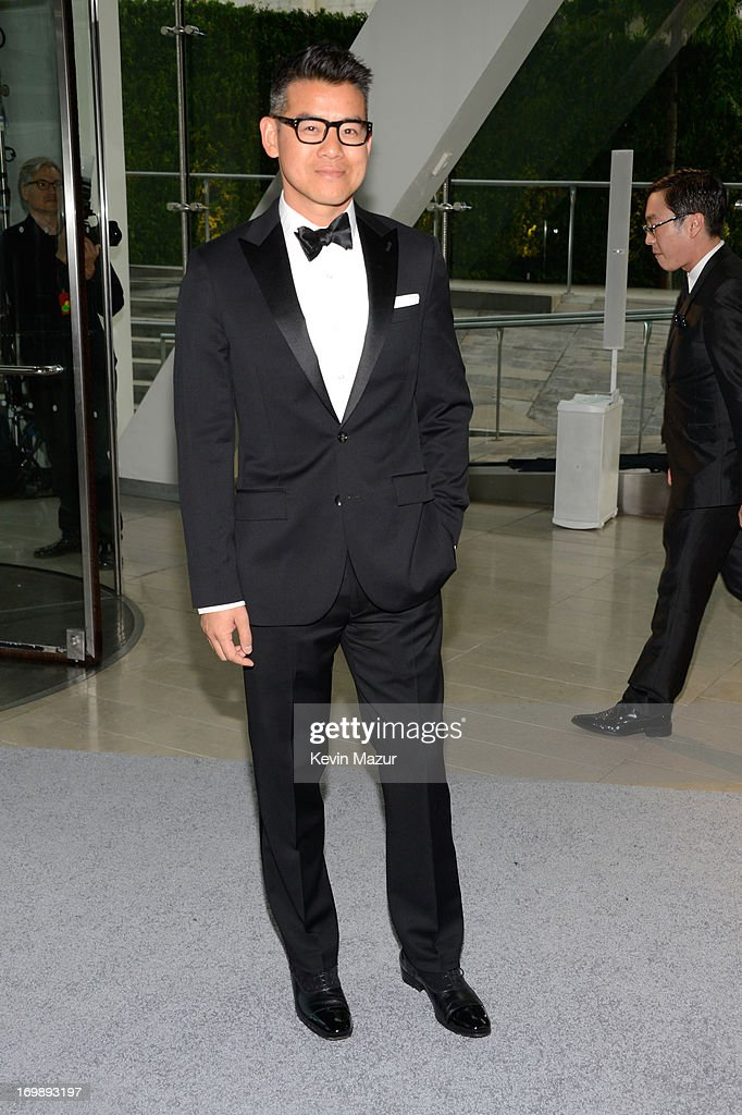 Peter Som attends 2013 CFDA Fashion Awards at Alice Tully Hall on June 3, 2013 in New York City.