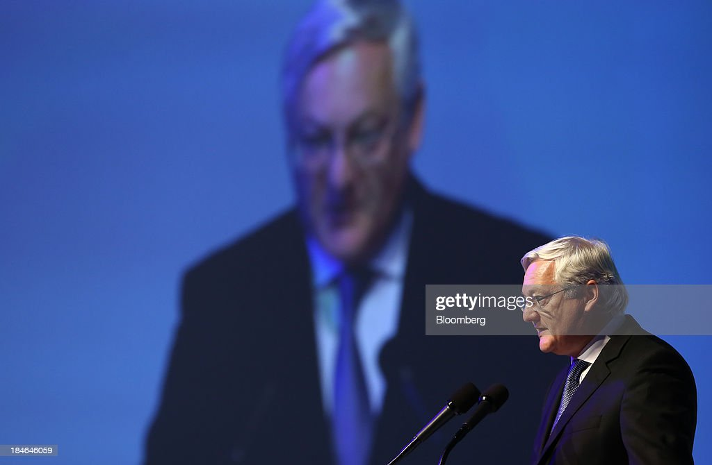 Peter Voser chief executive officer of Royal Dutch Shell Plc speaks during the 22nd World Energy Congress in Daegu South Korea on Tuesday Oct 15 2013...