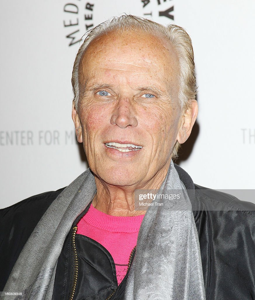 <a gi-track='captionPersonalityLinkClicked' href=/galleries/search?phrase=Peter+Weller&family=editorial&specificpeople=224823 ng-click='$event.stopPropagation()'>Peter Weller</a> arrives at The Paley Center for Media and Warner Bros. Home Entertainment host 'Batman: The Dark Knight Returns, Part 2' West Coast premiere held on January 28, 2013 in Beverly Hills, California.
