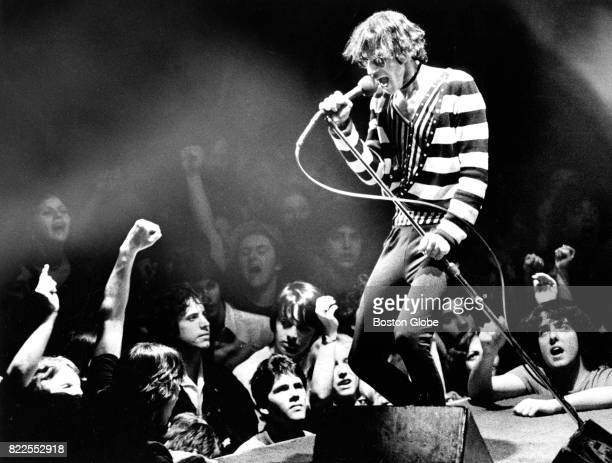 Peter Wolf performs with The J Geils Band at the Boston Garden in Boston on Apr 19 1980