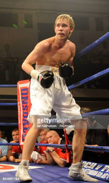 Peterborough's JJ Bird faces Wembley's Steve O'Meara in a LightMiddleweight contest at Bethnal Green's York Hall Steve O'Meara won the bout on points