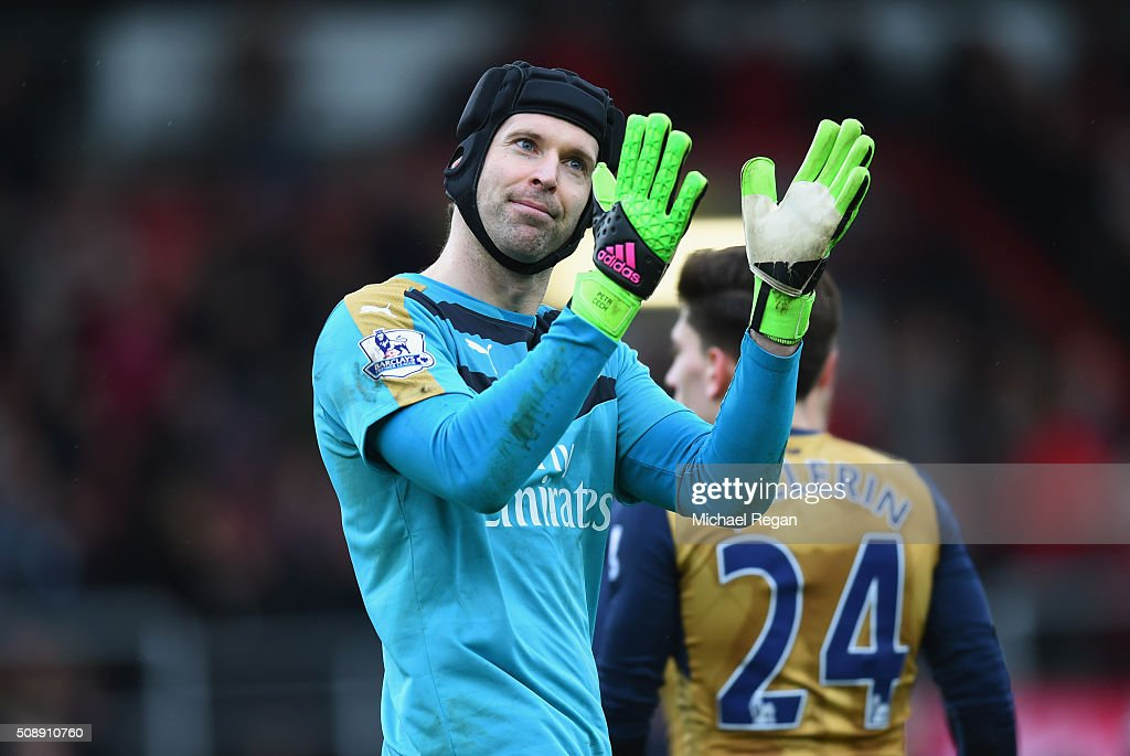 <a gi-track='captionPersonalityLinkClicked' href=/galleries/search?phrase=Petr+Cech&family=editorial&specificpeople=212890 ng-click='$event.stopPropagation()'>Petr Cech</a> of Arsenal celebrates victory after the Barclays Premier League match between A.F.C. Bournemouth and Arsenal at the Vitality Stadium on February 7, 2016 in Bournemouth, England.