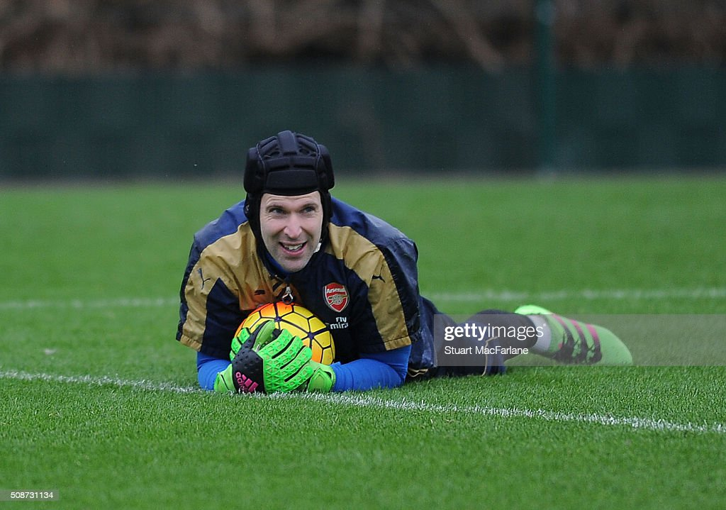 <a gi-track='captionPersonalityLinkClicked' href=/galleries/search?phrase=Petr+Cech&family=editorial&specificpeople=212890 ng-click='$event.stopPropagation()'>Petr Cech</a> of Arsenal during a training session at London Colney on February 6, 2016 in St Albans, England.