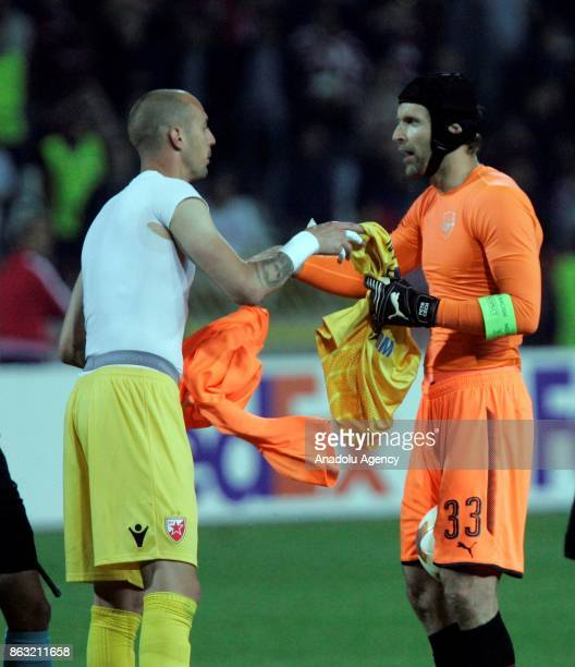 Petr Cech of Arsenal FC congratulates his rival after the UEFA Europa League group H match between Crvena Zvezda and Arsenal FC at Rajko Mitic...