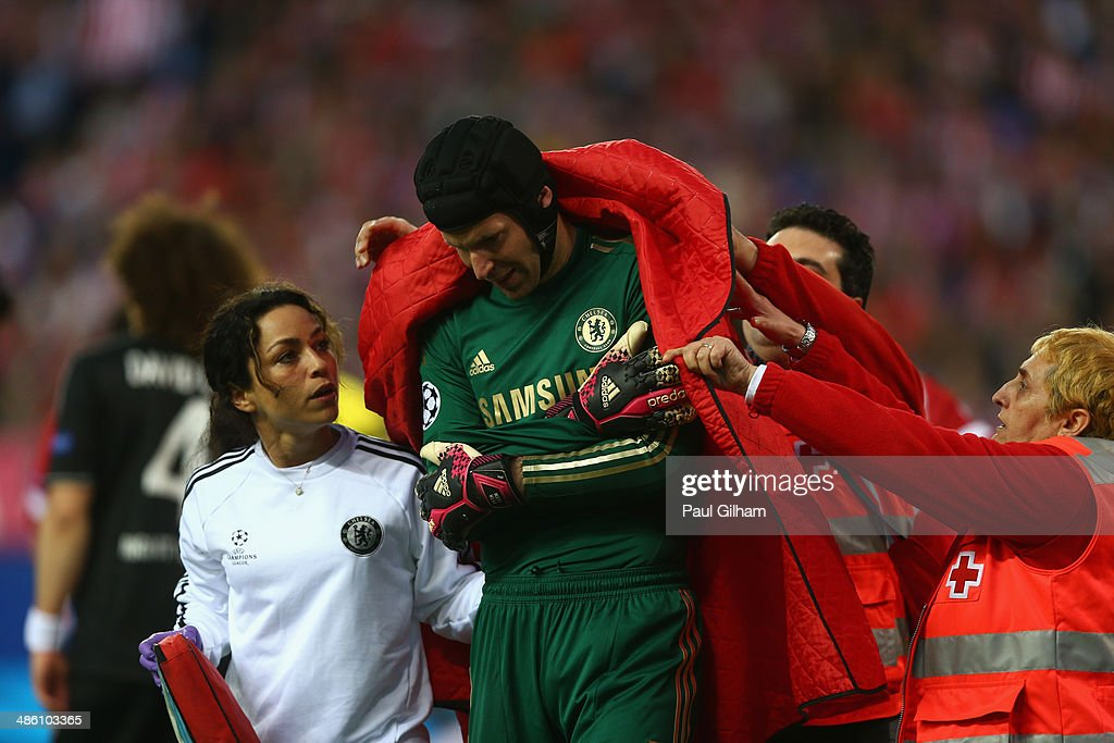 <a gi-track='captionPersonalityLinkClicked' href=/galleries/search?phrase=Petr+Cech&family=editorial&specificpeople=212890 ng-click='$event.stopPropagation()'>Petr Cech</a> walks off the pitch after being injured during the UEFA Champions League Semi Final first leg match between Club Atletico de Madrid and Chelsea at Vicente Calderon Stadium on April 22, 2014 in Madrid, Spain.