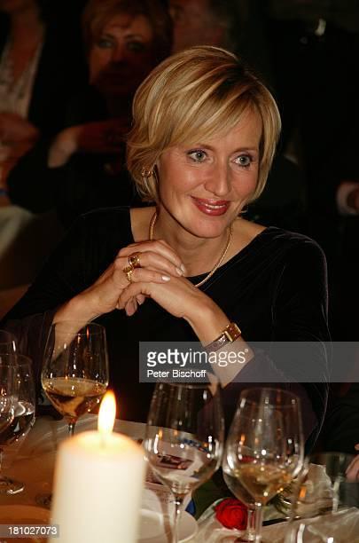 Petra Gerster 10jähriges Jubiläum Hotel 'Stromburg' 25jähriges Jubiläum Restaurant 'Val D or' Stromberg bei Bingen brennende Kerze Glas Wein Getränk...