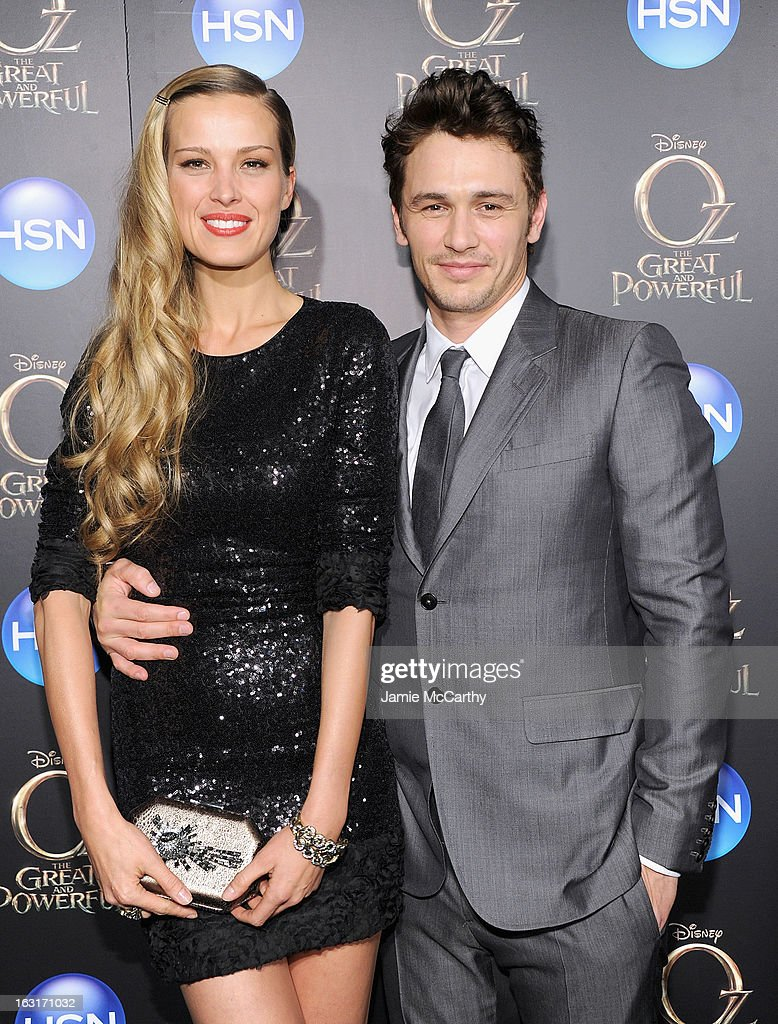 <a gi-track='captionPersonalityLinkClicked' href=/galleries/search?phrase=Petra+Nemcova&family=editorial&specificpeople=201716 ng-click='$event.stopPropagation()'>Petra Nemcova</a> and <a gi-track='captionPersonalityLinkClicked' href=/galleries/search?phrase=James+Franco&family=editorial&specificpeople=577480 ng-click='$event.stopPropagation()'>James Franco</a> attend the 'Oz The Great And Powerful' VIP screening at the Crosby Street Hotel on March 5, 2013 in New York City.