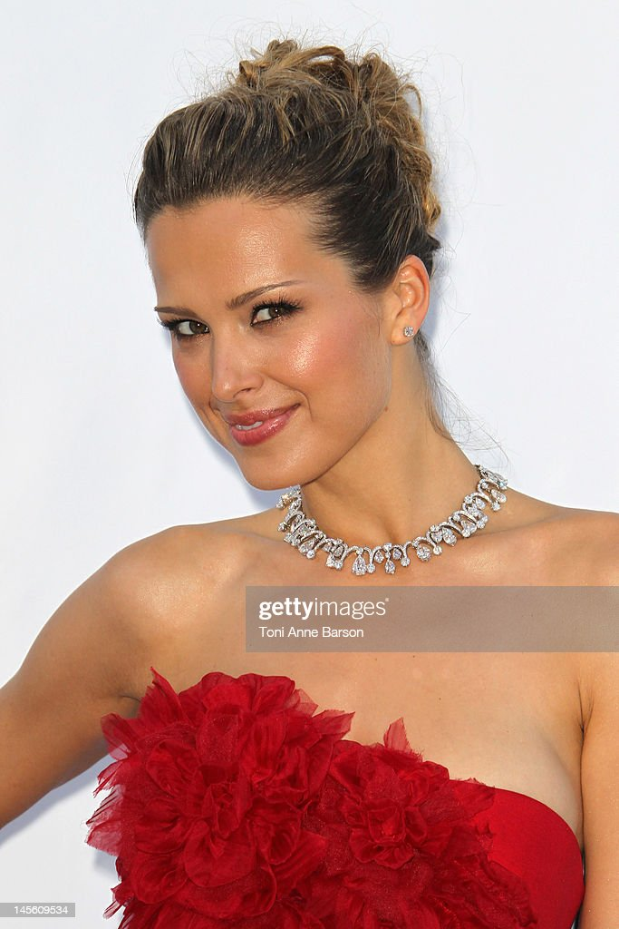 Petra Nemcova arrives at amfAR's Cinema Against AIDS at Hotel Du Cap on May 24, 2012 in Antibes, France.