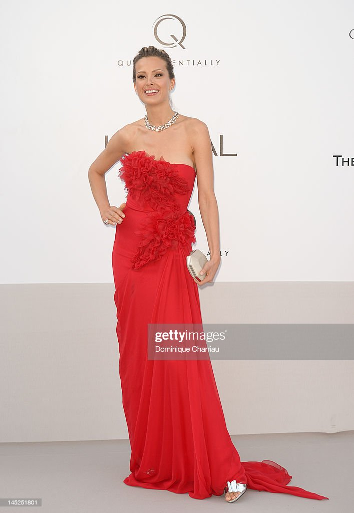 Petra Nemcova arrives at the 2012 amfAR's Cinema Against AIDS during the 65th Annual Cannes Film Festival at Hotel Du Cap on May 24, 2012 in Cap D'Antibes, France.