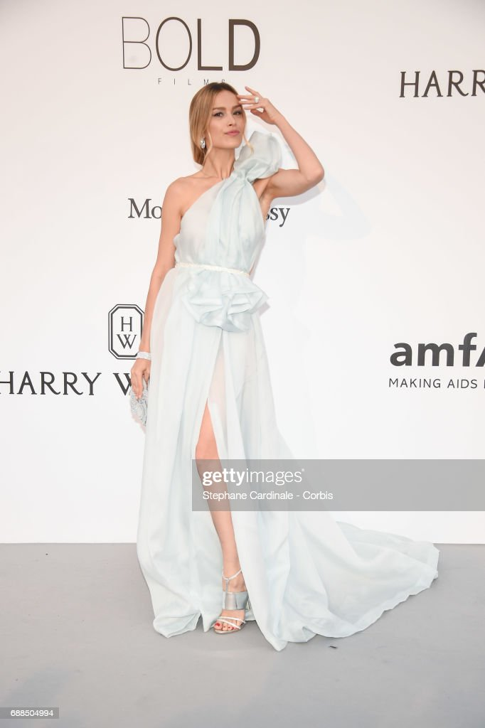 Petra Nemcova arrives at the amfAR Gala Cannes 2017 at Hotel du Cap-Eden-Roc on May 25, 2017 in Cap d'Antibes, France.