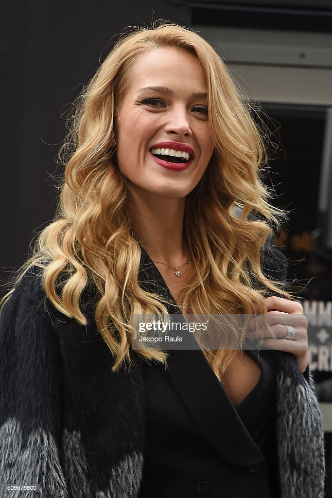 <a gi-track='captionPersonalityLinkClicked' href=/galleries/search?phrase=Petra+Nemcova&family=editorial&specificpeople=201716 ng-click='$event.stopPropagation()'>Petra Nemcova</a> is seen arriving at BCBGMAXAZRIA fashion show during Fall 2016 New York Fashion Week at Skylight Moynihan Station on February 11, 2016 in New York City.
