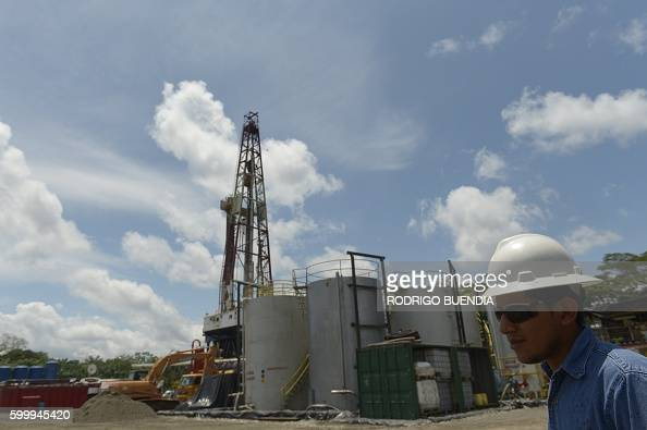 Petroamazonas drilling tower in the Tiputini oilfield in Tiputini Ecuador on September 7 2016 Together with the Ishpingo and Tambococha oilfields the...