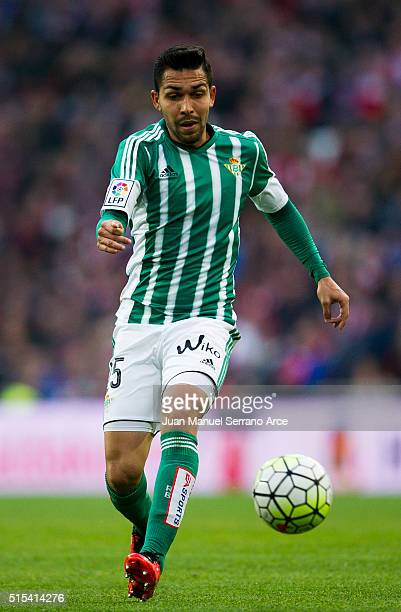 Petros of Real Betis Balompie controls the ball during the La Liga match between Athletic Club Bilbao and Real Betis Balompie at San Mames Stadium on...