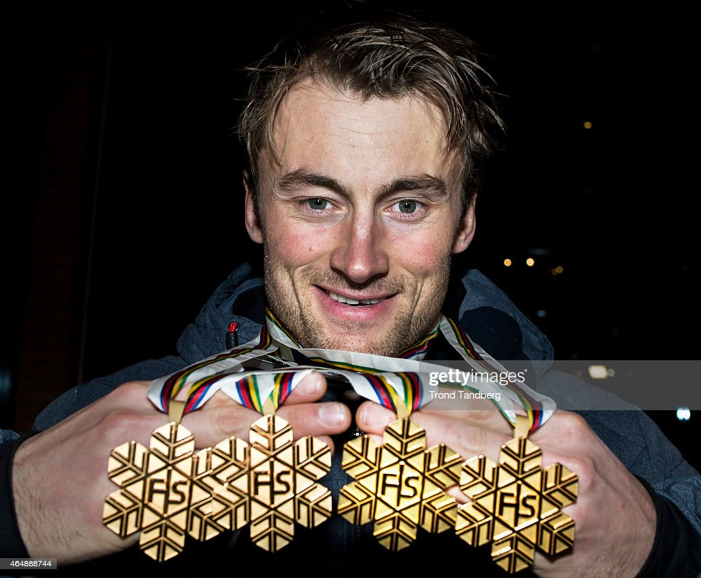 <a gi-track='captionPersonalityLinkClicked' href=/galleries/search?phrase=Petter+Northug&family=editorial&specificpeople=800847 ng-click='$event.stopPropagation()'>Petter Northug</a> of Norway celebrates with his 4 gold medals during the FIS Nordic World Ski Championships on March 01, 2015 in Falun, Sweden.