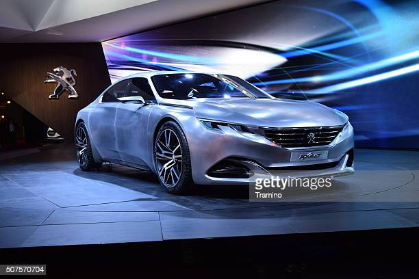 Peugeot Exalt concept on the motor show