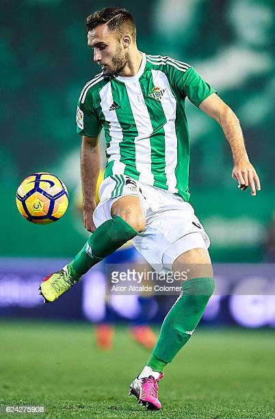 PGerman Pezzella of Real Betis Balompie in action during the match between Real Betis Balompie vs UD Las Palmas as part of La Liga at Benito...