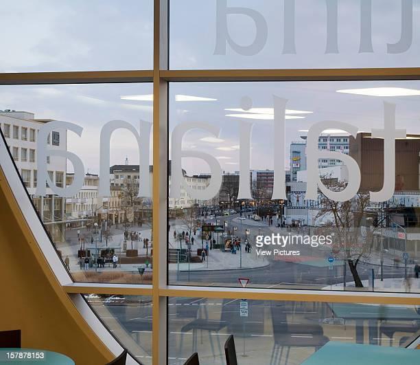 Phaeno Science Centre Wolfsburg Germany Architect Zaha Hadid Architects With Mayer B€Hrle Phaeno Science Centre