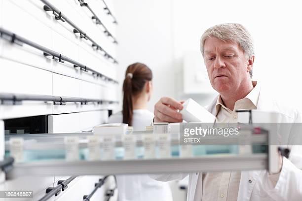 Farmacéutico de prestaciones