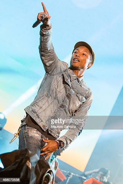 Pharrell Williams performs during 2015 Lollapalooza Brazil at Autodromo de Interlagos on March 29 2015 in Sao Paulo Brazil