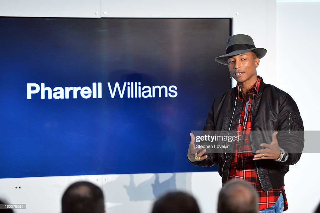 <a gi-track='captionPersonalityLinkClicked' href=/galleries/search?phrase=Pharrell+Williams&family=editorial&specificpeople=161396 ng-click='$event.stopPropagation()'>Pharrell Williams</a> speaks at eBays launch of new features during its Future of Shopping event at Industria Studios on October 22, 2013 in New York City.