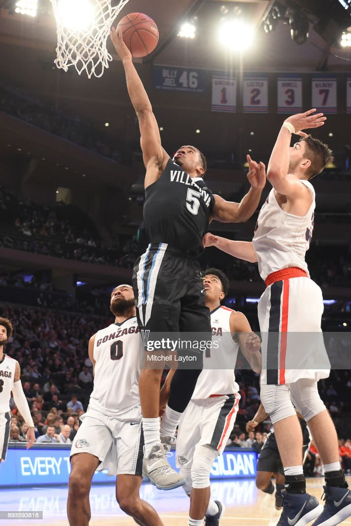 Phil Booth #5 of the Villanova Wildcats drives to the basket during the Jimmy V Classic college basketball game against the Gonzaga Bulldogs at Madison Square Garden on December 5, 2017 in New York City. The Wildcats won 88-72.