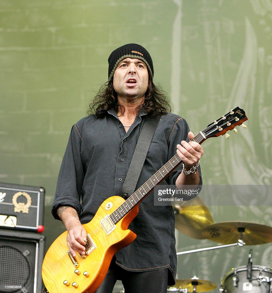 Phil Campbell of Motšrhead during Fields of Rock Festival 2007 in the Netherlands - June 17, 2007 in Biddinghuizen, Netherlands.