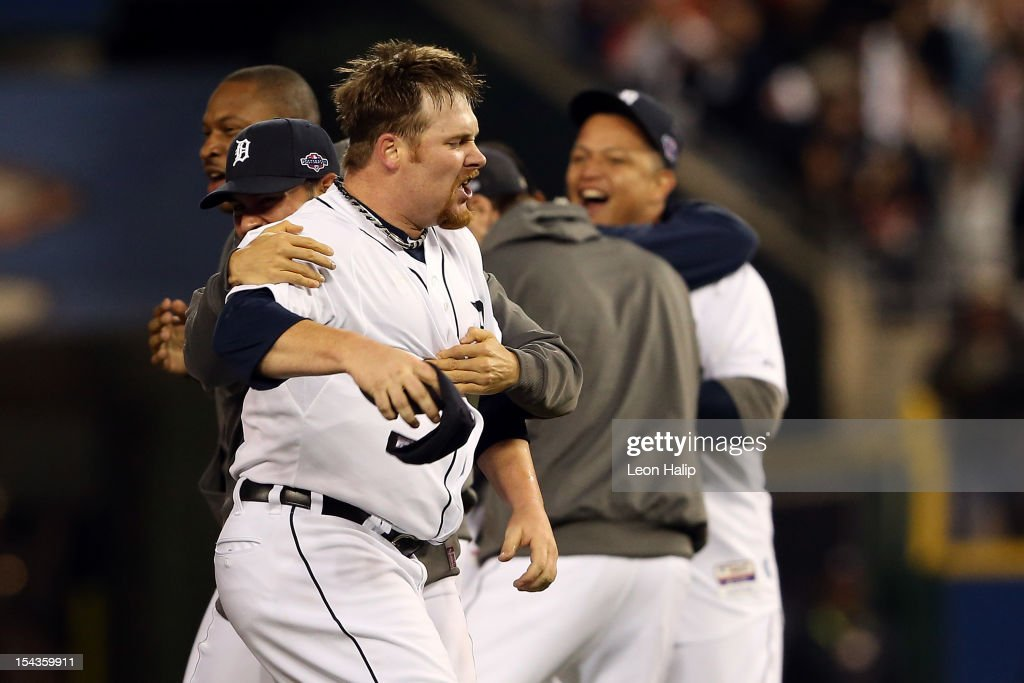 <a gi-track='captionPersonalityLinkClicked' href=/galleries/search?phrase=Phil+Coke&family=editorial&specificpeople=5518031 ng-click='$event.stopPropagation()'>Phil Coke</a> #40 of the Detroit Tigers celebrates with his teammates after the Tigers own 8-1 against the New York Yankees during game four of the American League Championship Series at Comerica Park on October 18, 2012 in Detroit, Michigan.