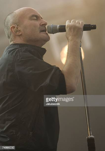 Phil Collins of the reunited band Genesis performs during a concert at the Olympiastadion July 03 2007 in Berlin Germany The concert is part of the...