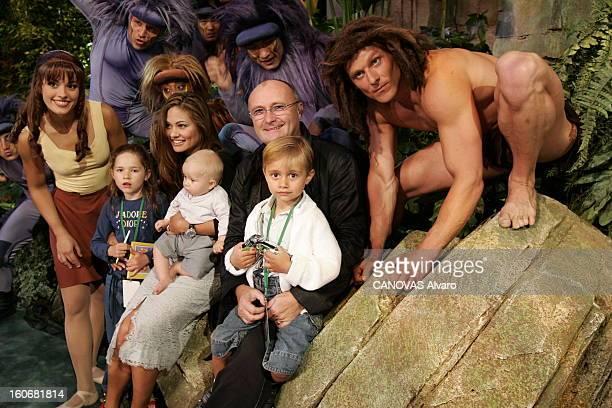 Phil Collins With Family At Disneyland Paris Visite en France de Phil COLLINS et sa famille pour promouvoir la comédie musicale qu'il a écrite autour...