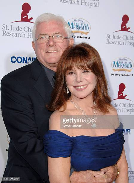 Phil Donahue and Marlo Thomas during 'Runway For Life' Benefiting St Jude Children's Research Hospital Sponsored by Disney's 'The Little Mermaid' DVD...